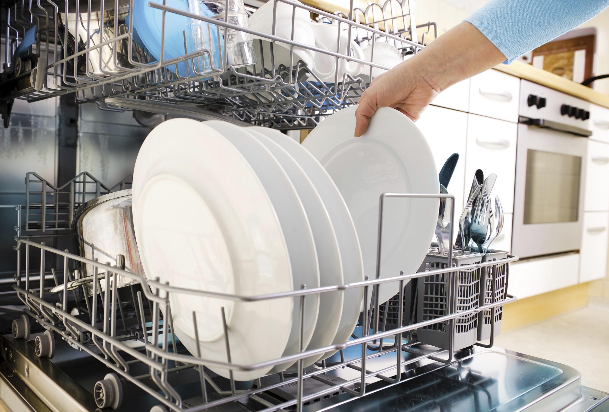 afwasmachine reinigen